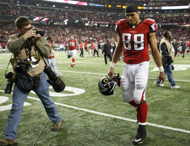 Tony Gonzalez Disappointed