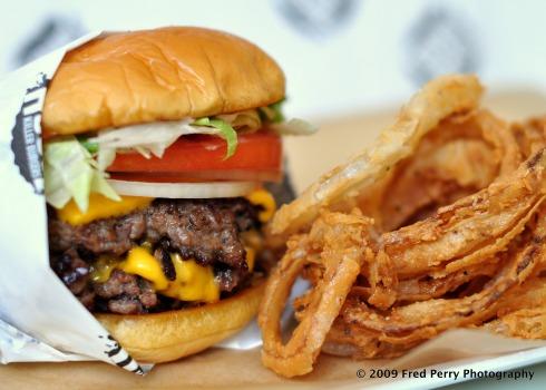 Grindhouse-Killer-Burgers-Web-HOR