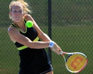 American Lauren Embree returns a shot at the 2013 Tennis Classic of Macon