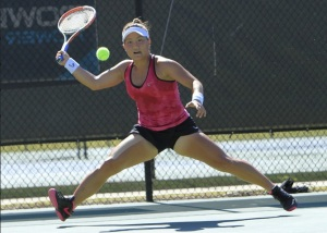 Grace Min tracks down a forehand in Macon