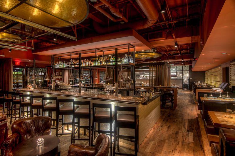 steakbar_bar