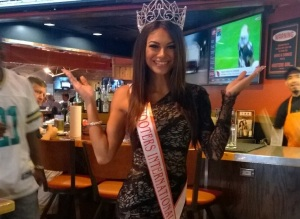 Miss Hooters International 2014, Janet Layug at Hooters of Cumberland