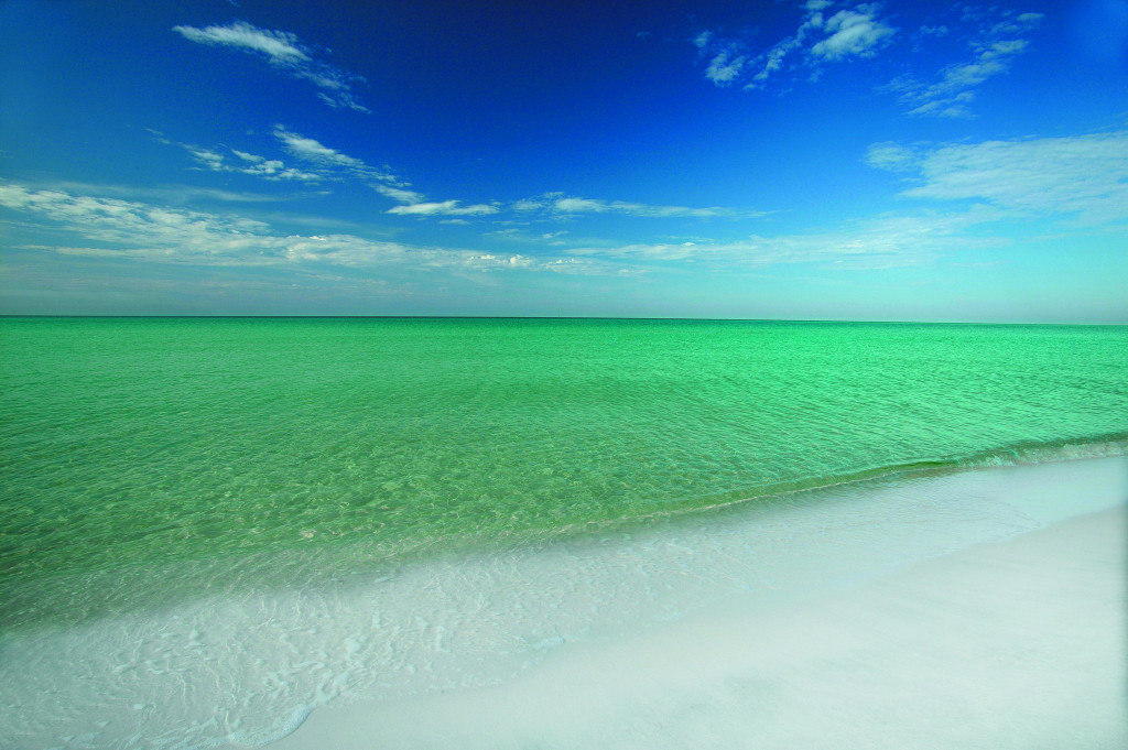 emerald-green-waters-in-beaches-of-south-walton-675682895a60373e