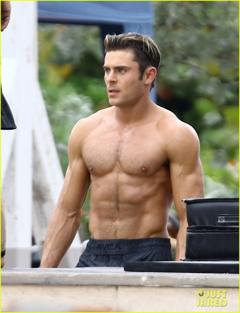 zac-efron-goes-shirtless-for-tarzan-like-baywatch-moment-09