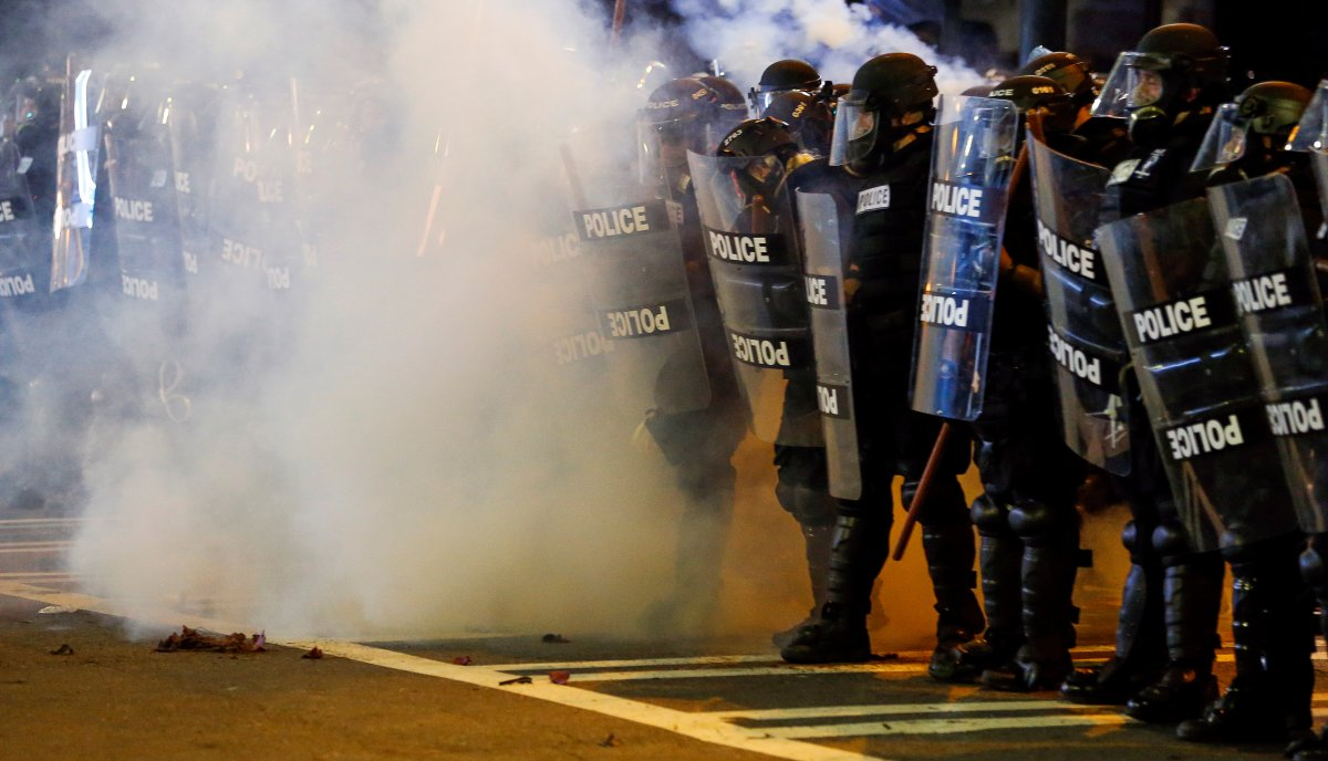Police barricade during Charlotte protests of police shooting victim, Keith Lamont Scott