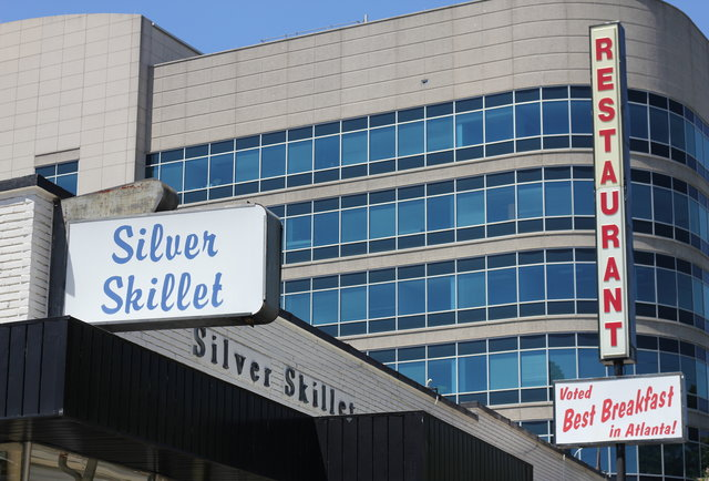 Silver Skillet - thrillist