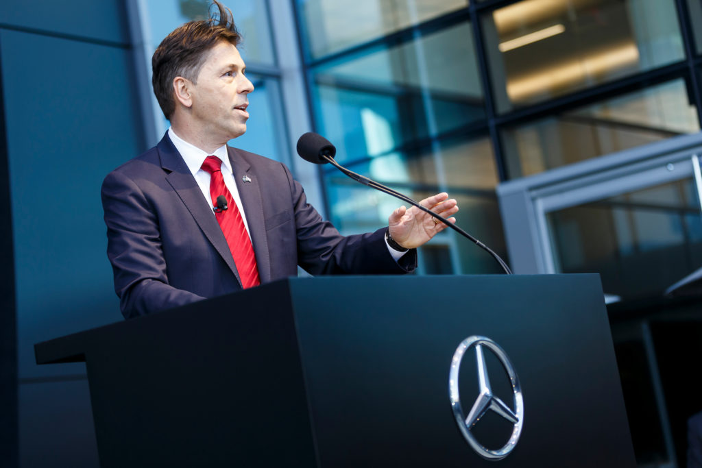 Mercedes benz opens new headquarters in sandy springs for Mercedes benz usa dietmar exler