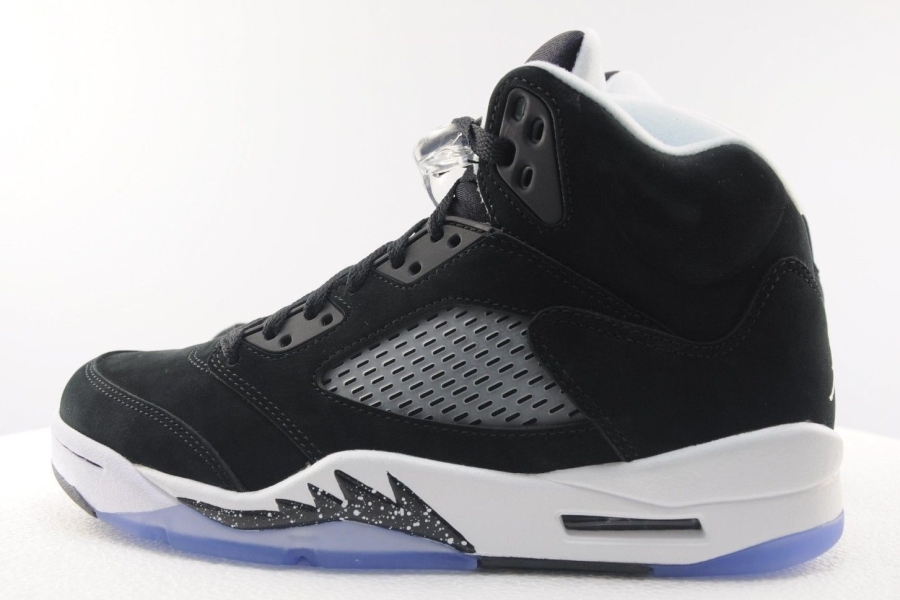 low priced 16aab 7305d jordan 5 black white