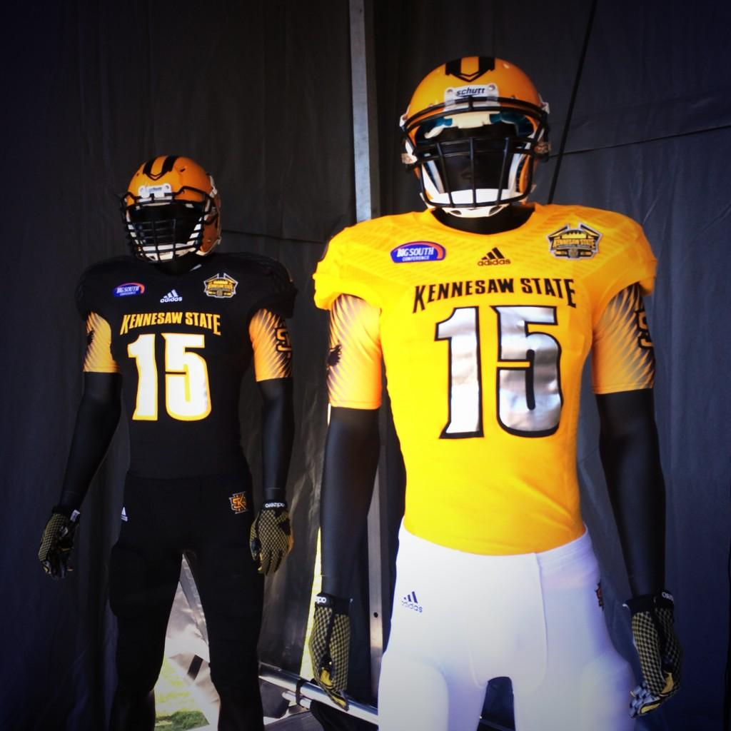 Kennesaw State Reveal New Football Uniforms
